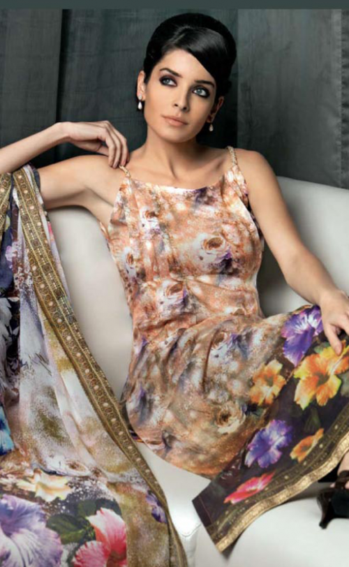 Gul-Ahmeds-Summer-Collection-2010-1-06-500x812.png (500×812)