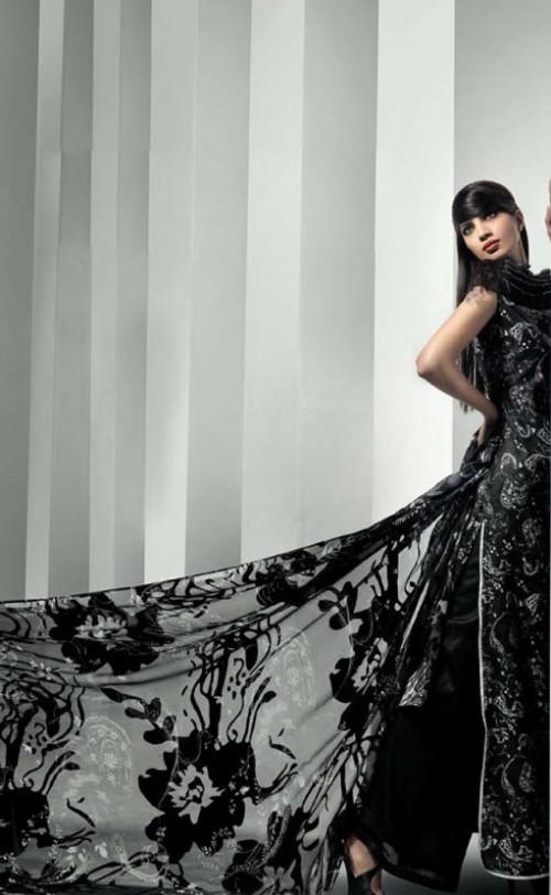 Gul Ahmeds Summer Collection 2010 3 14 500x812 - SSC Al Karam LAwn