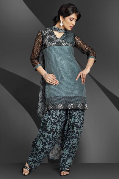 Fashion Trend 2010 Pakistan on Pakistani Salwar Kameez Trend 11 Jpg  400  600