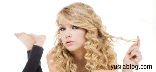 Taylor Swift Gorgeous Face of Covergirl