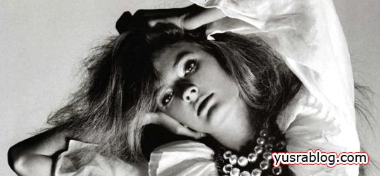 Constance Jablonski in White Light in Soft Shadows by Kacper Kasprzyk
