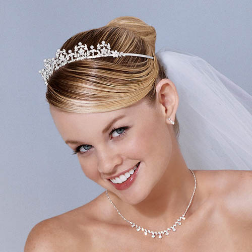 Tips For Hair Style For Wedding: Hot Wedding Hairstyle Tips For Brides