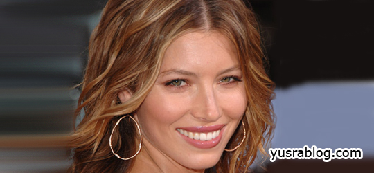 Hot Beauty Jessica Biel Has No Fashion Instinct | Jessica's Fitnes