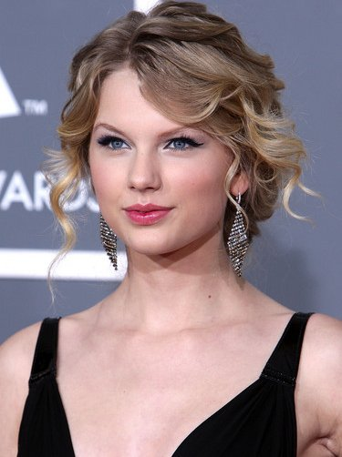 Best Hairstyles For Prom 2010 Loose Curls Updos And