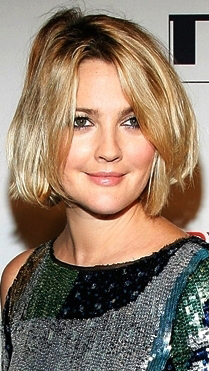 Drew Barrymore Charming Hairstyle Trend Yusrablog Com