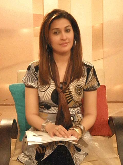 Doctor Shaista Wahidi Anchor - YusraBlog.com