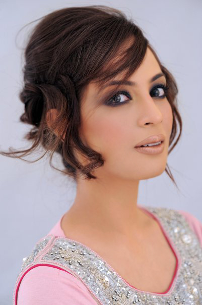 Farah Hussain Pictures Gallery and biodata