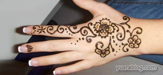 Flowers Mehndi Design for Hands Henna Print