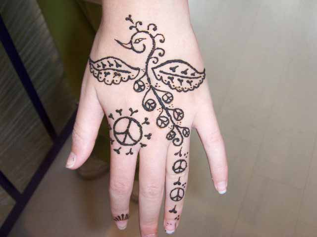 Latest Flower Mehndi Design : Flowers mehndi design for hands henna print yusra