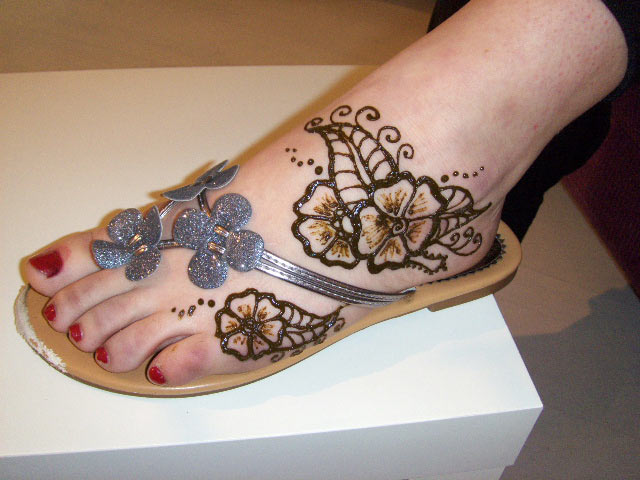 Eid Mehndi Designs for Foot Trendy Selection 2010