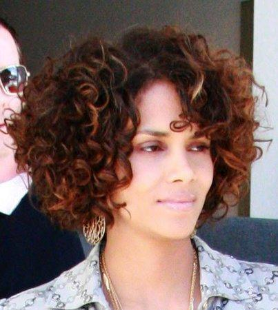 Curly BOB Hairstyles in New Year 2010 – 2011