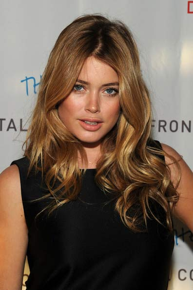 doutzen kroes hair. Doutzen Kroes showed off her