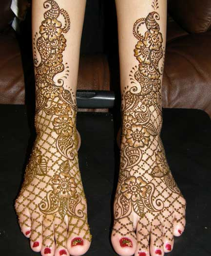 Bridal Foot Mehndi Designs Unforgettable Collection : Feet mehndi style for bridal yusra