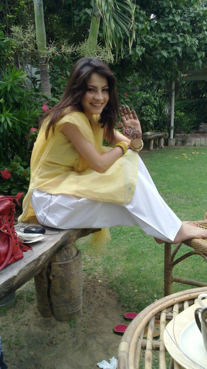 Neelam Muneer Pakistani Model & Actress Biography and Unseen Pictures