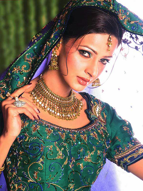 Saba Qamar Bridal Wedding Dress