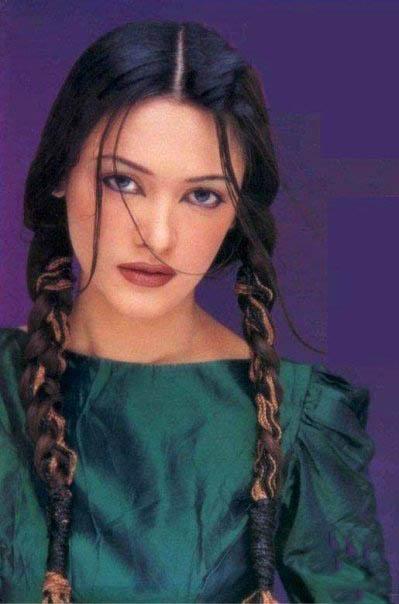 Amina Shafaat Pakistani Model Profile: Beautiful Photo Album