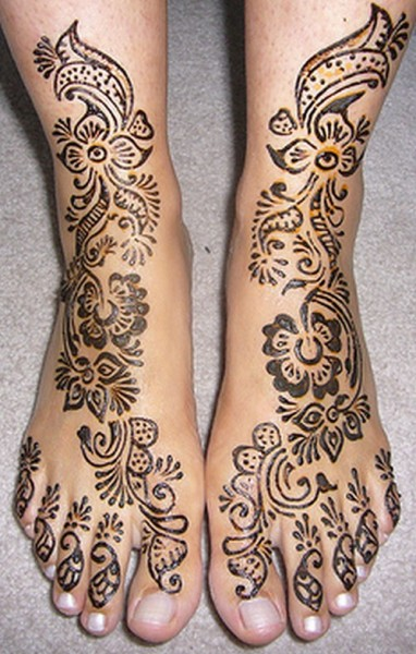 Pakistani Mehndi Design for Feet – Excellent Photo Gallery