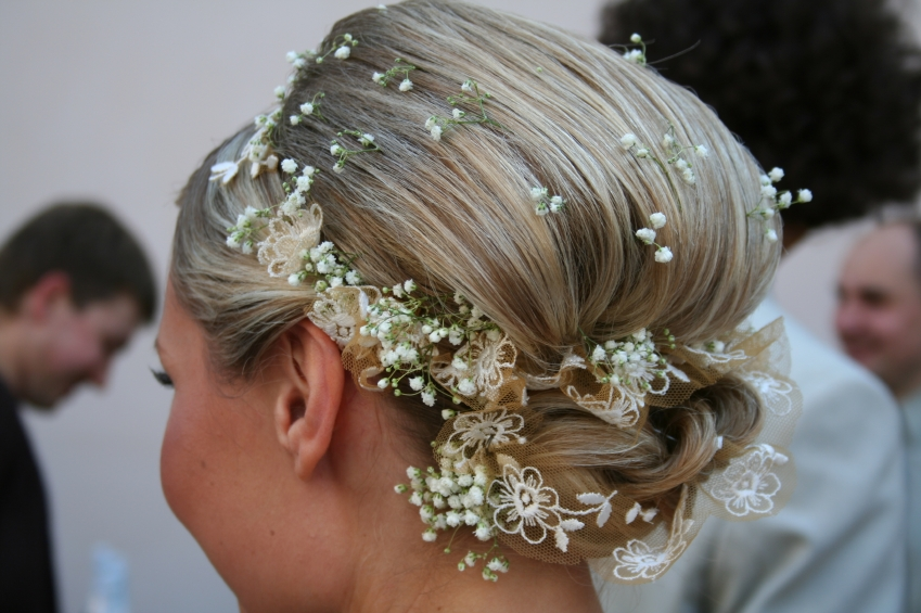 15 Gorgeous Updo Wedding Hairstyles For Brides