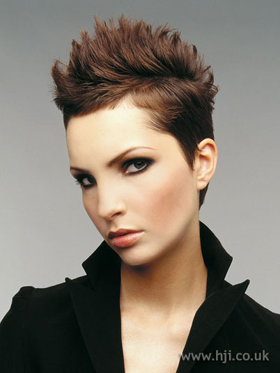 Spiky hairstyles 2019 for Women » Short Spiky Hair Cuts ...