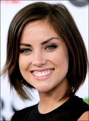 Jessica Stroup Stylish Hairstyles You May Have Missed