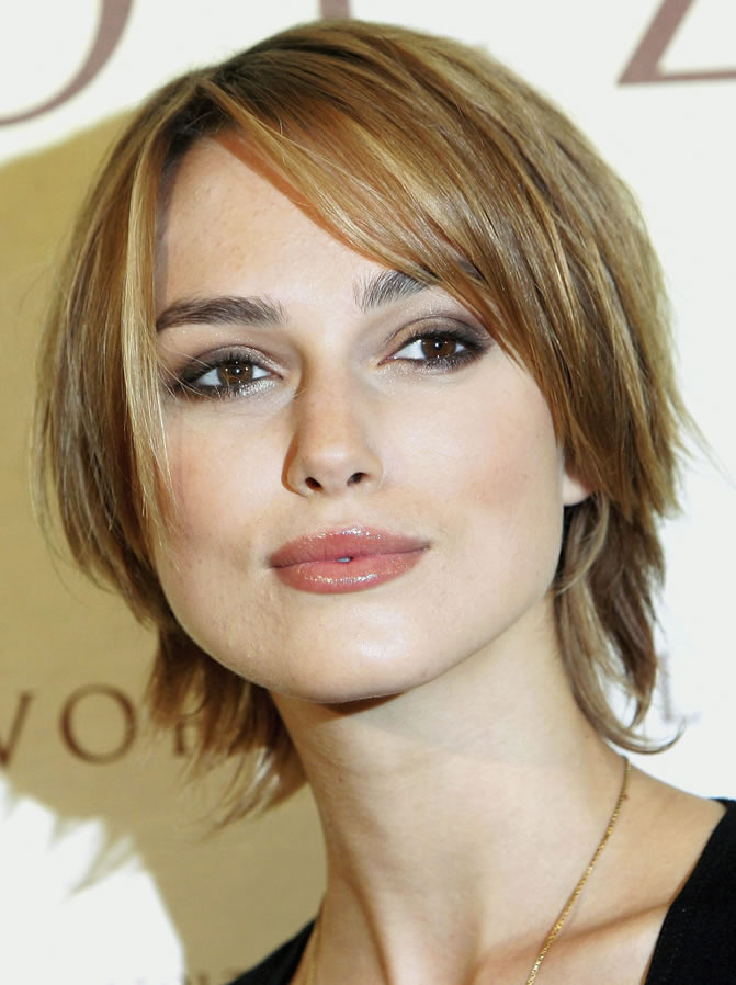 keira knightley eye makeup. Keira Knightley Eyebrows and