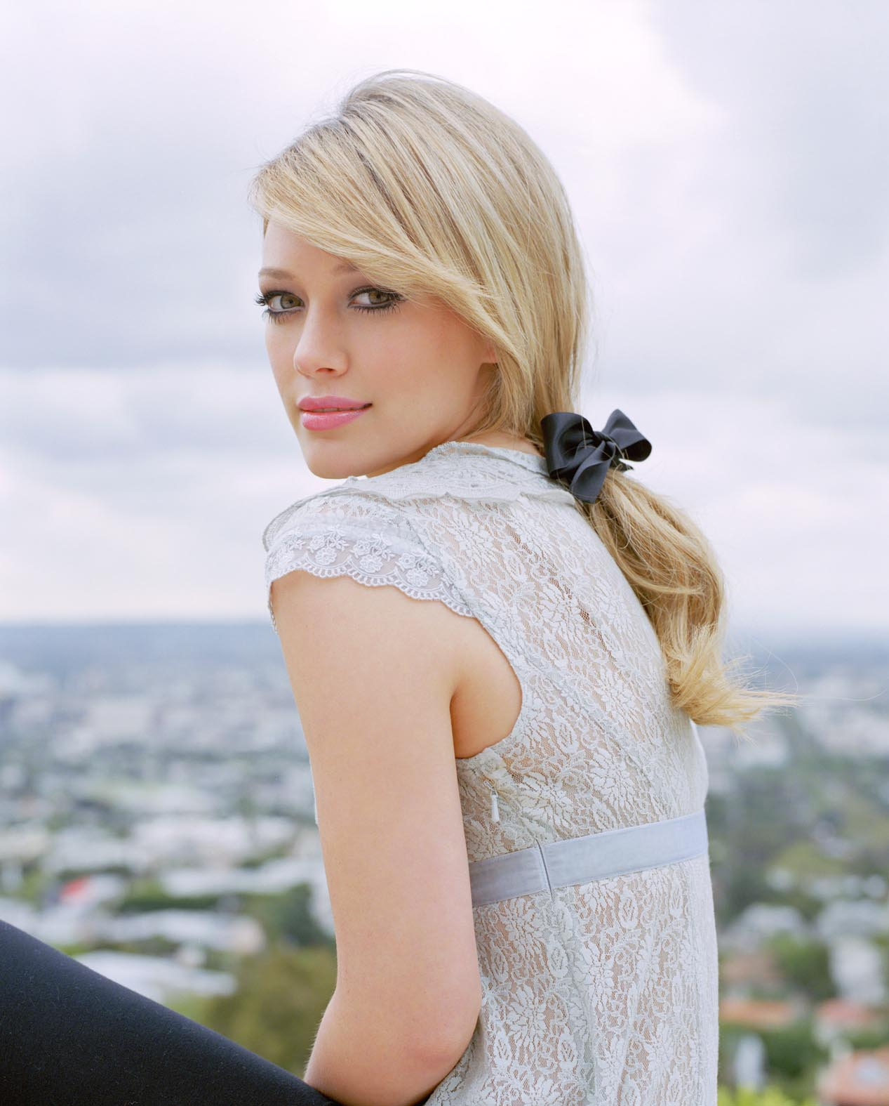 Hilary Duff's Long Straight Hairstyle For Women