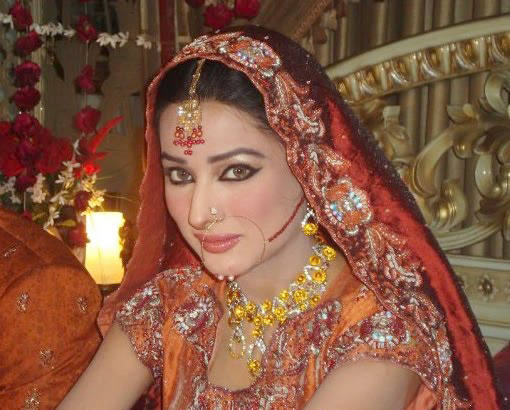 Mehwish Hayat 22 Remarkable Pictures Yusrablog Com