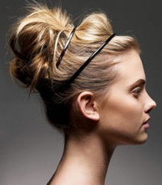 Cute Messy Updo Hairstyle Techniques for Mid Length Hairs: Fabulous Tips