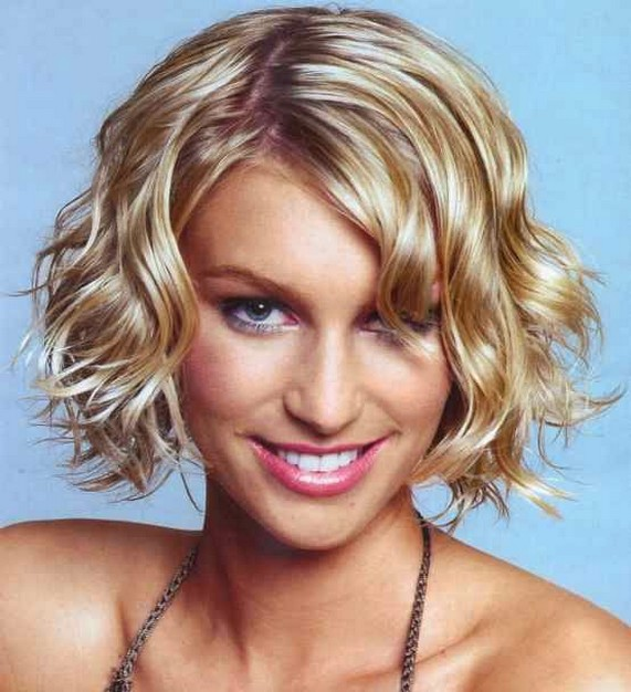 short curly hair styles 2010 for women. Short Wavy Hairstyles for