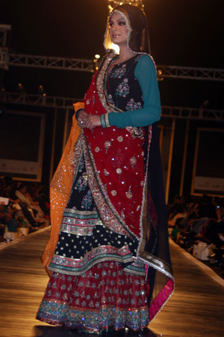 Ali Xeeshans collection at Bridal Couture Week - Ali Xeeshan Dresses at Bridal Couture Week 2010 in Lahore
