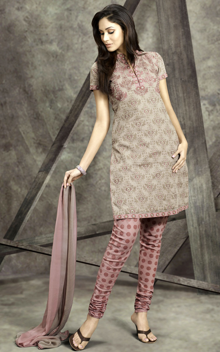 Churidar Salwar Kameez For Eid: Beautify The Wardrobe With It