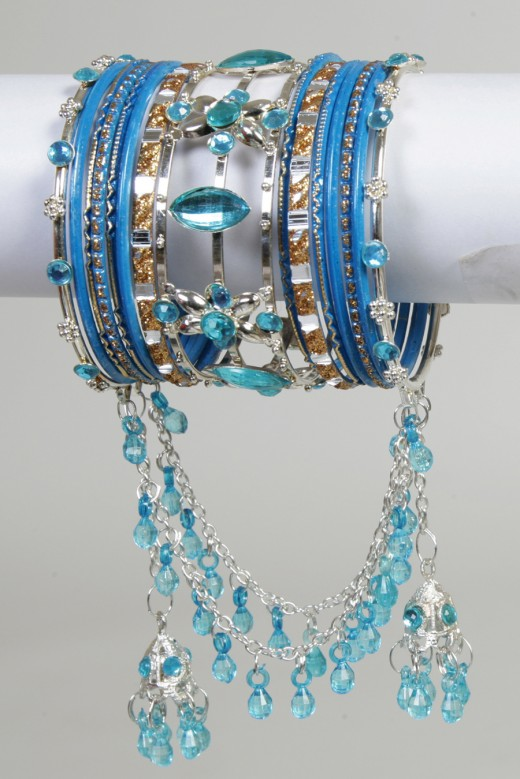 Blue Bangle Design 520x779 - Bangle Designs For Girls 2010-11
