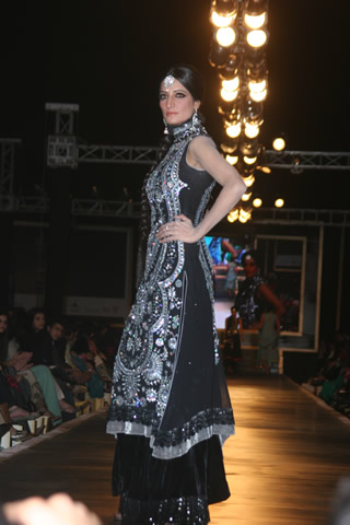 Bridal Dresses from Bridal Couture Fashion Show Week - Nomi Ansari Collection at Bridal Couture Week 2010 in Pakistan