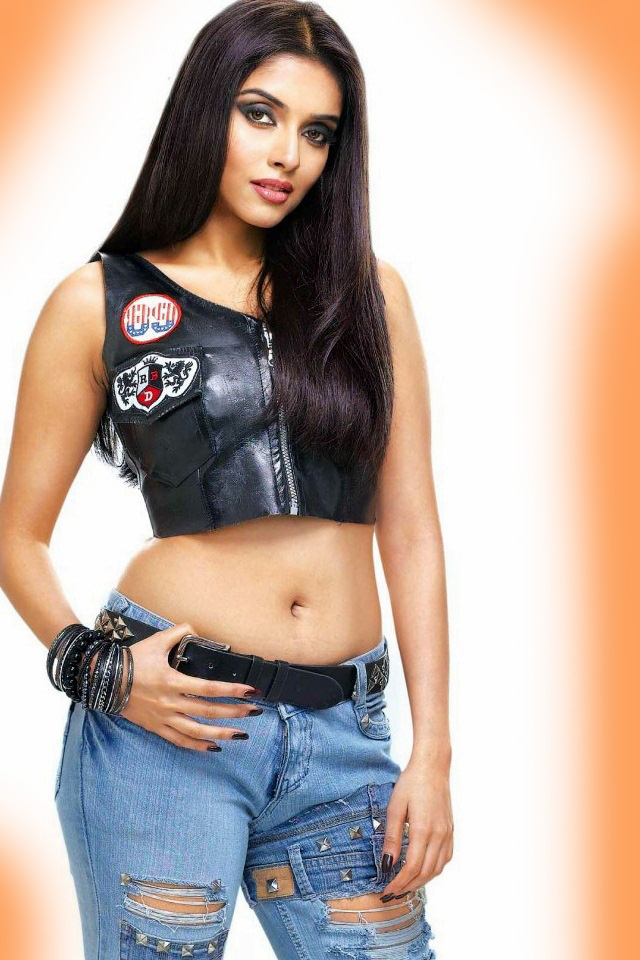 Asin Thottumkal Model And Actress Unique Photo Gallery