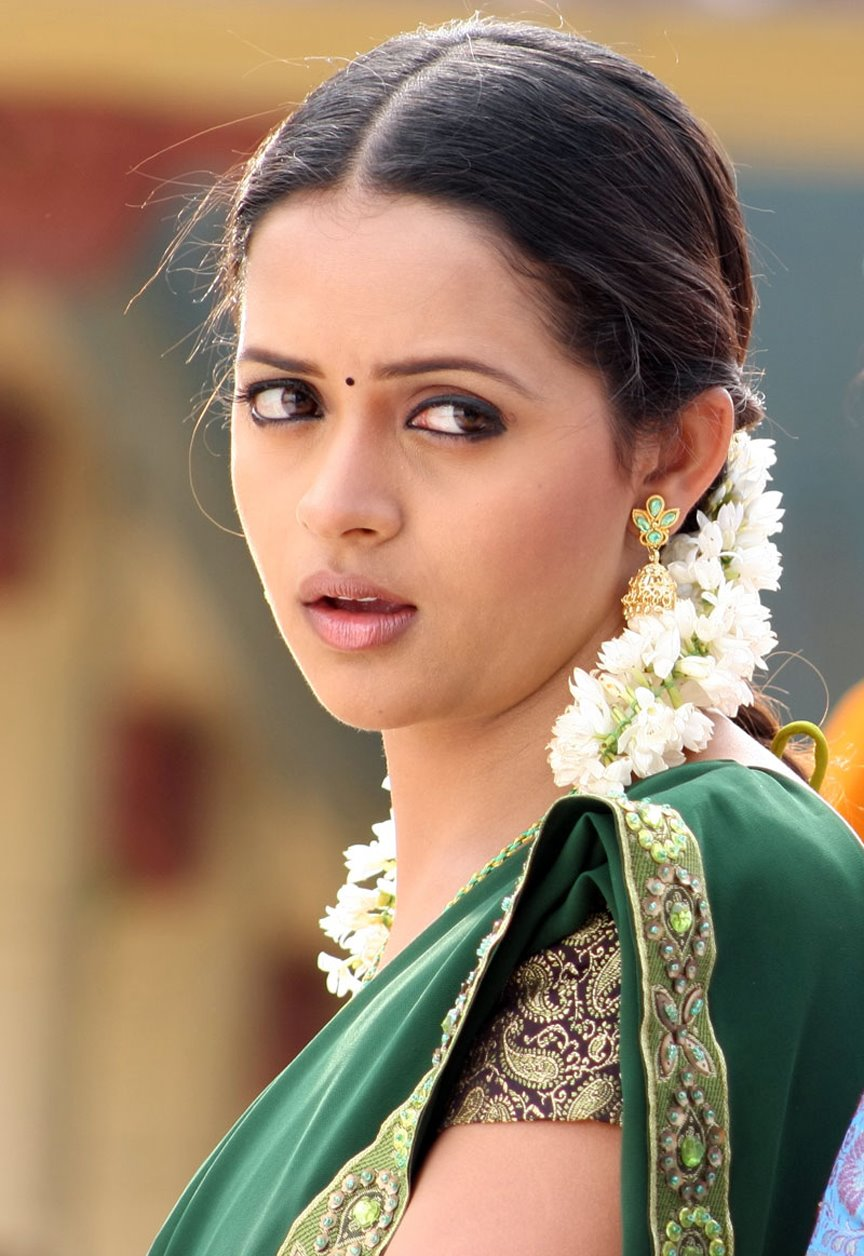 Tamil Actress Bhavana Latest Pictures ~ South Indian Actress Pictures ...