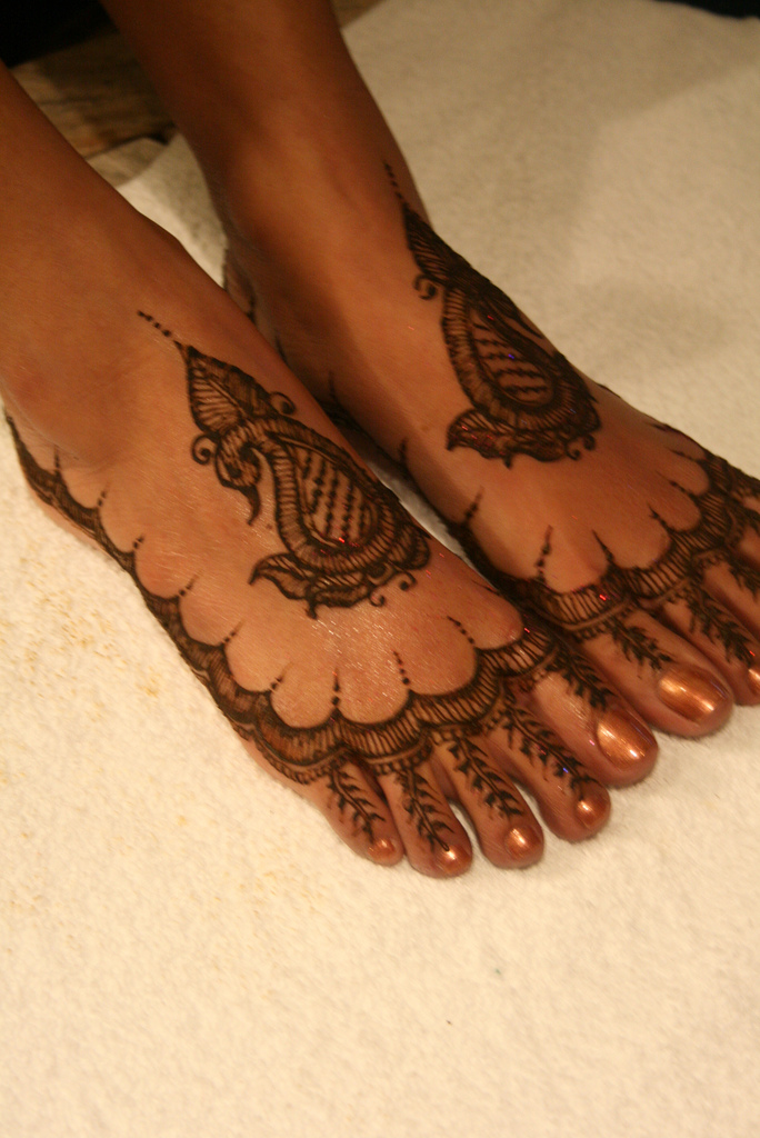 15 Best Eid Mehndi Design For Feet 2011 Eid Mehndi Design ...