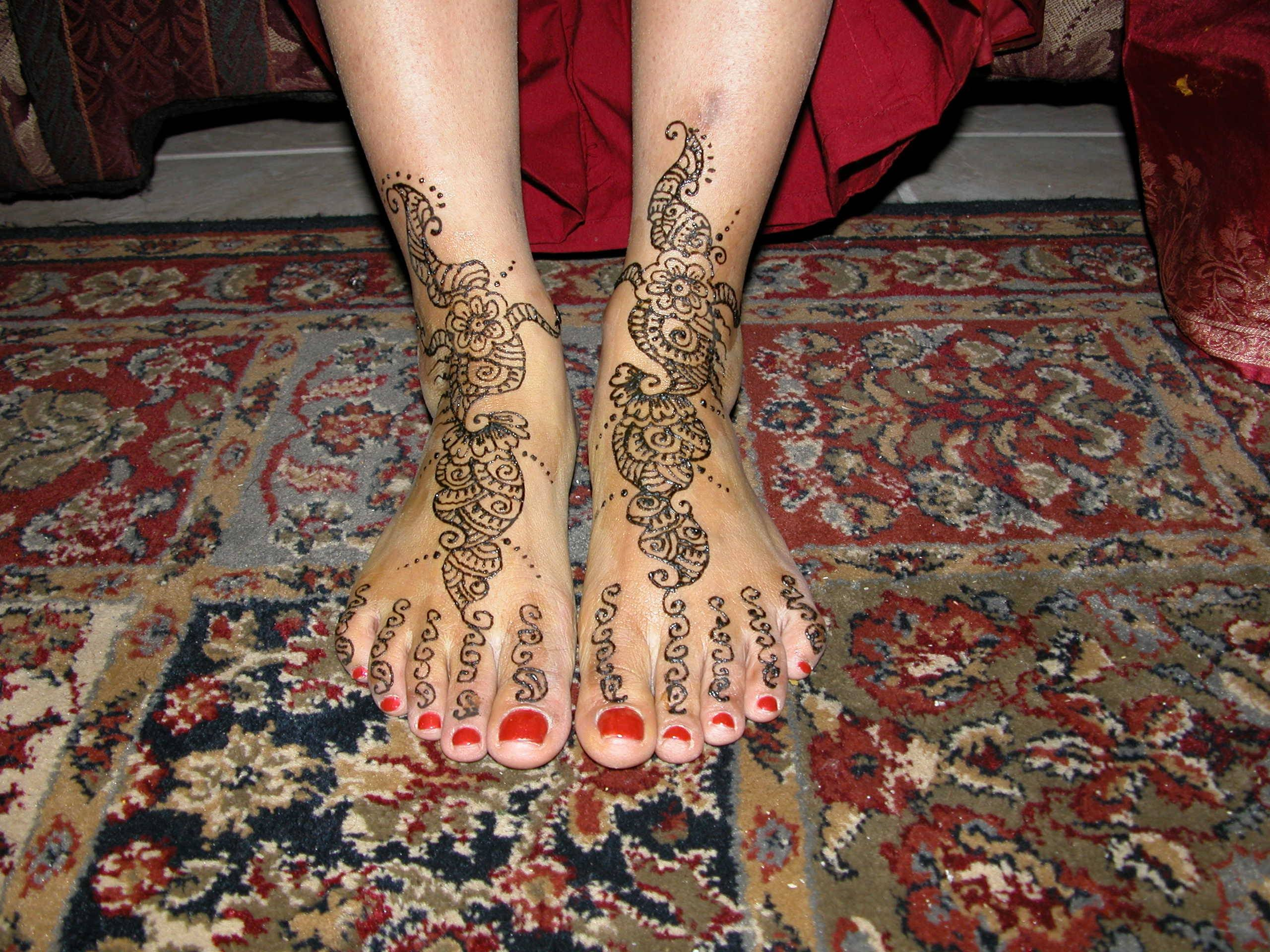 Eid Mehndi Designs on Feet For 2010 – 11: You Love All The Time ...