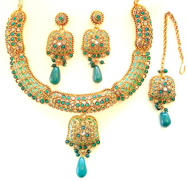 Polki Jewellery Designs: Remarkable Pictures Collection
