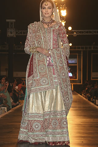 Glamorous Bridal Dresses from Bridal Couture Week - Mehdi Pakistani Designer Collection at Bridal Couture Week 2010