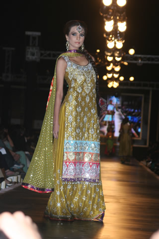 Latest Collection of Nomi Ansari from Bridal Couture Week 2010 - Nomi Ansari Collection at Bridal Couture Week 2010 in Pakistan