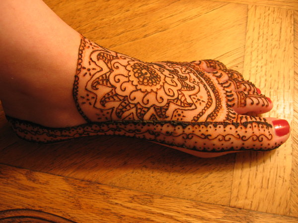 15 Best Eid Mehndi Design For Feet 2011