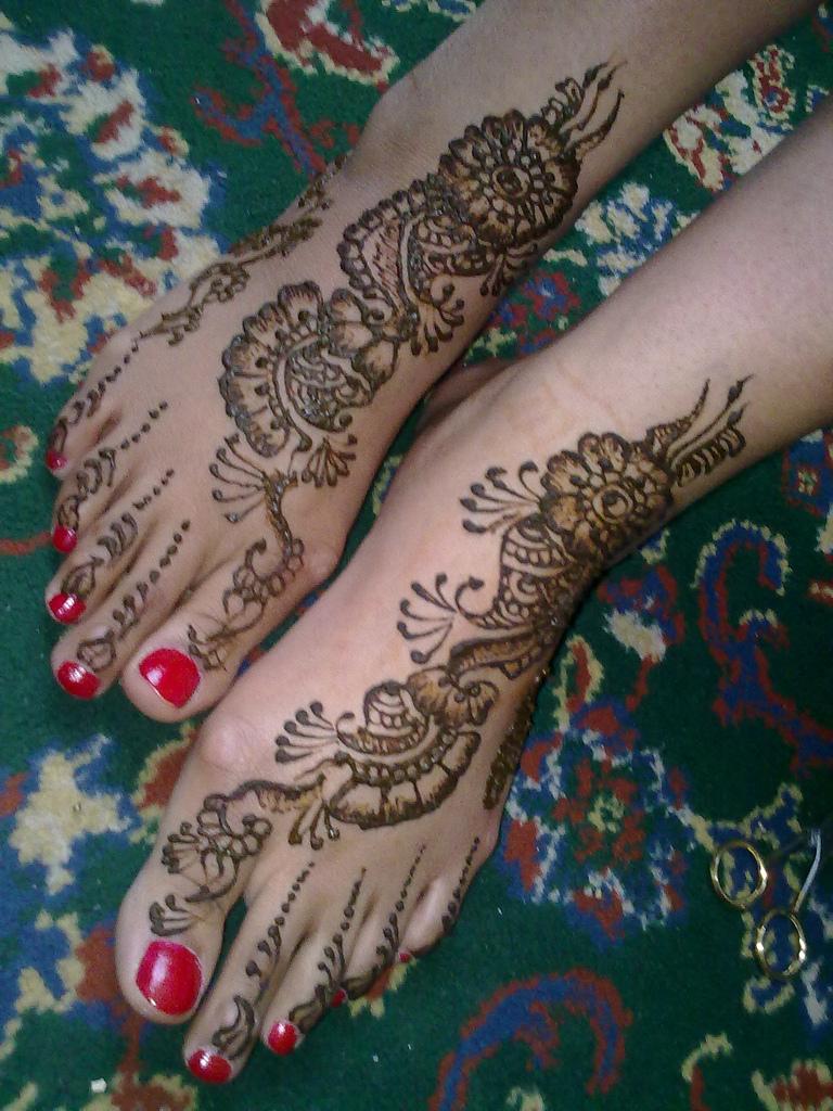 New Eid Mehndi Design 2011 mehndi designs 2011