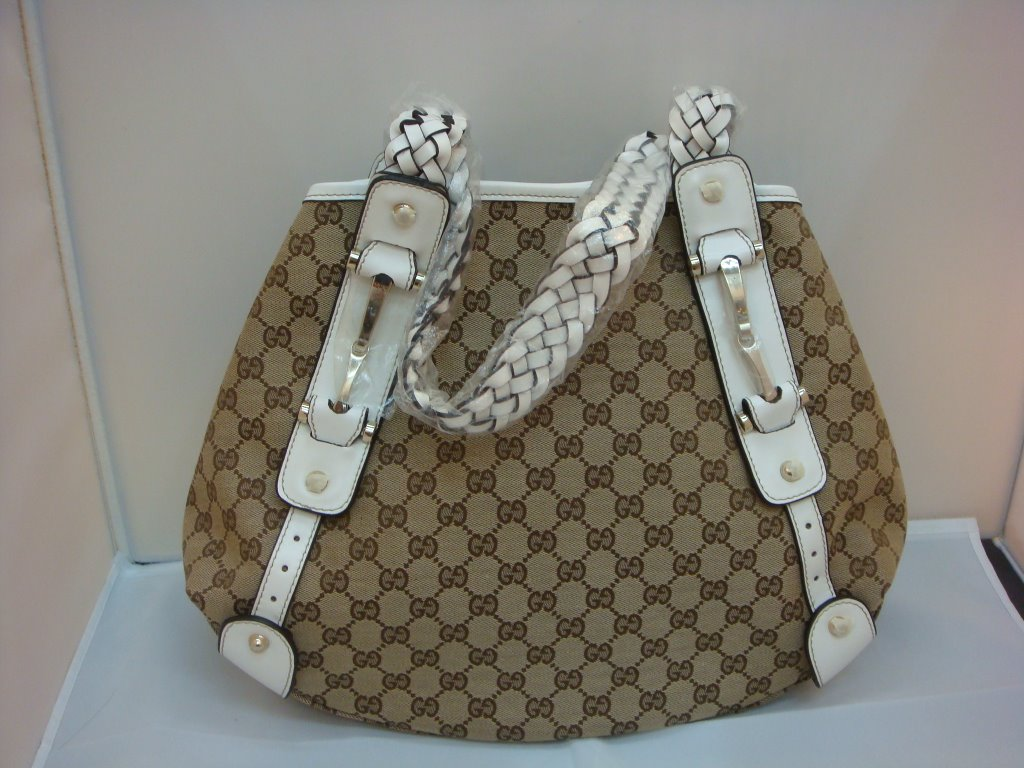 Fashion Handbags For 2010 – 11: New Photo Collection