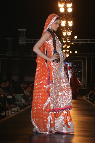Nomi Ansari Bridal Dress at Bridal Couture Week 2010 - Nomi Ansari Collection at Bridal Couture Week 2010 in Pakistan