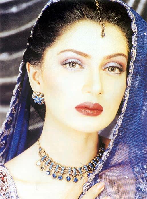 Iffat Rahim Omar Pakistani Model Biography and Unseen Photo Gallery