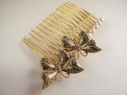 Small Gold Plated Hair Comb for Bridal 520x390 - Bridal Gold Hair Combs: 15 Remarkable Collection