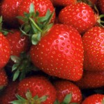 How To Make Strawberry Acne Mask For Your Beauty Skin