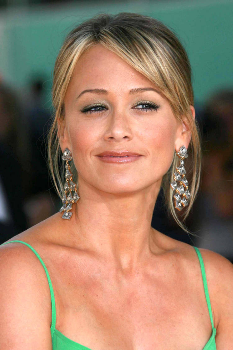 Christine Taylor - Wallpaper Actress