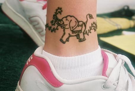elephant tattoo designs on Beautiful Examples Of Elephant Tattoo Designs | YusraBlog.com
