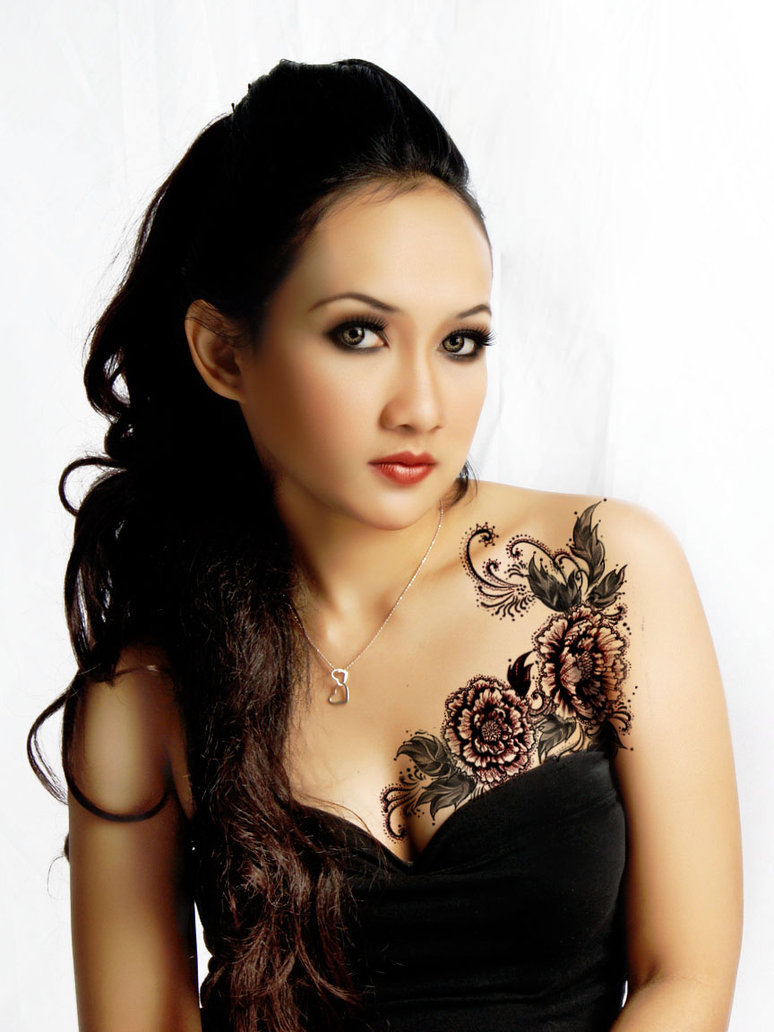 Increase Your Beauty With Flower Tattoo Designs